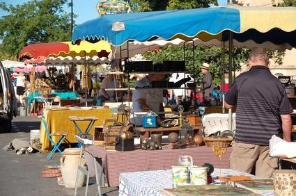 Flohmarkt ein Erlebnis für Groß und Klein